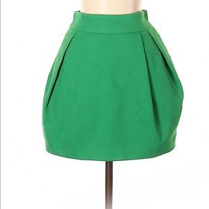 ZARA TRF Green casual skirt size 2 new condition